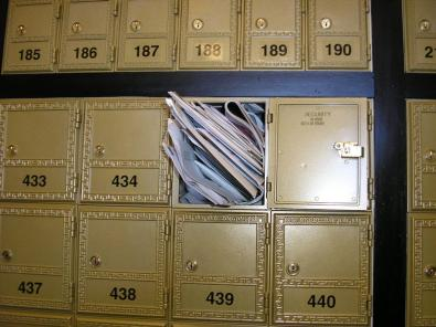 StuffedMailbox2_full.jpg