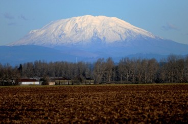 mount-st-helens-from-sauvie-island-4413632e0deed1be.jpg