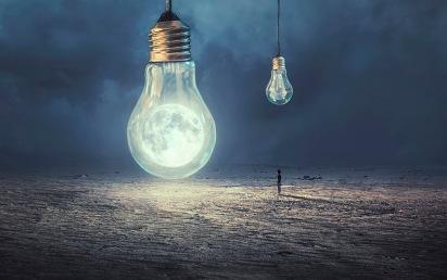 Moon-Lamp-..jpg